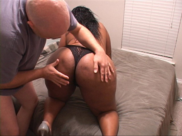 image Awesome booty black princess carmel squirting